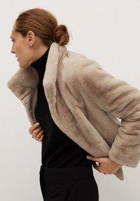 Mango - CAMPBELL - Winter jacket - ecru - 4