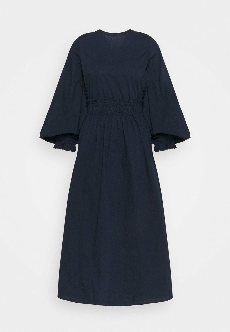 Vero Moda Tall - VMAPRIL CALF DRESS - Day dress - navy blazer