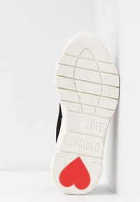 Love Moschino - Trainers - nero - 6