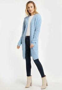 usha - Cardigan - light blue melange - 1
