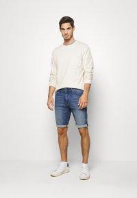 TOM TAILOR - JOSH SUPERSTRETCH - Denim shorts - light stone wash denim - 1