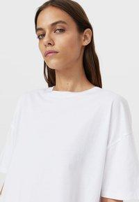 Stradivarius - Basic T-shirt - white - 3