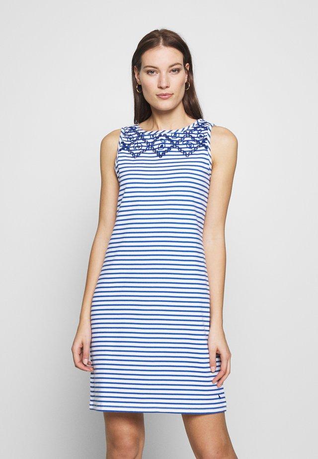 RIVA PRINT - Denní šaty - whtbluestr