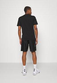 Nike Sportswear - Shorts - black/black - 2