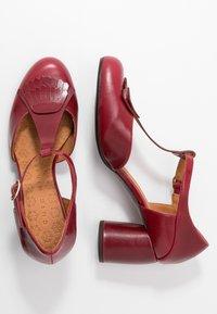 Chie Mihara - MOLE - Classic heels - granate - 3