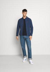Levi's® - SUNSET SLIM - Shirt - alfonso indigo - 1