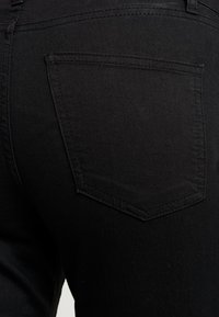 Cotton On - MID RISE MATERNITY  - Jeansy Slim Fit - black - 4