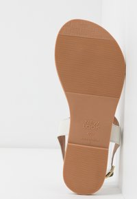 New Look Wide Fit - WIDE FIT GINA - T-bar sandals - offwhite - 6