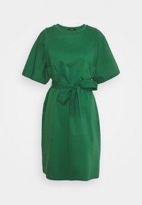 LARI - Žerzejové šaty - smaragdgrun