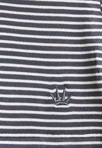 Triumph - STRIPES SET - Pyjamas - pebble grey - 6