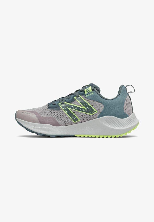 NITREL - Chaussures de running - logwood/oceangrey