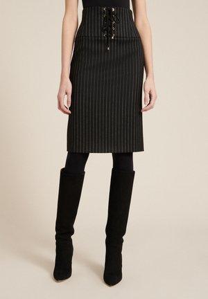 FINORA - Pencil skirt - var nero/panna