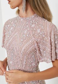 BEAUUT - GRACY EMBELLISHED SEQUINS  - Cocktailklänning - frosted pink - 4