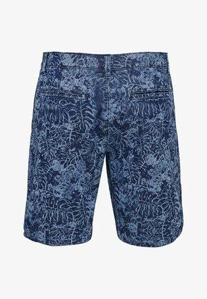 CHINO BEDRUCKTE - Jeansshorts - blue denim