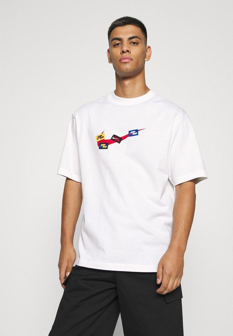 Jordan - JUMPMAN CREW - T-shirt con stampa - white/gym red/(gym red)