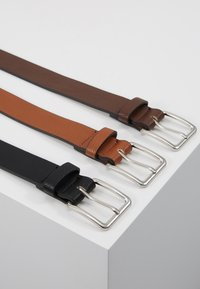 Pier One - 3 PACK - Riem - cognac/black/brown - 2