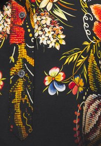 Desigual - BLUS LAUREN DESIGNED BY MR CHRISTIAN LACROIX - Blusa - black - 5