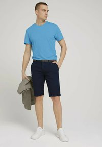 TOM TAILOR - Shorts - navy squared structure - 1
