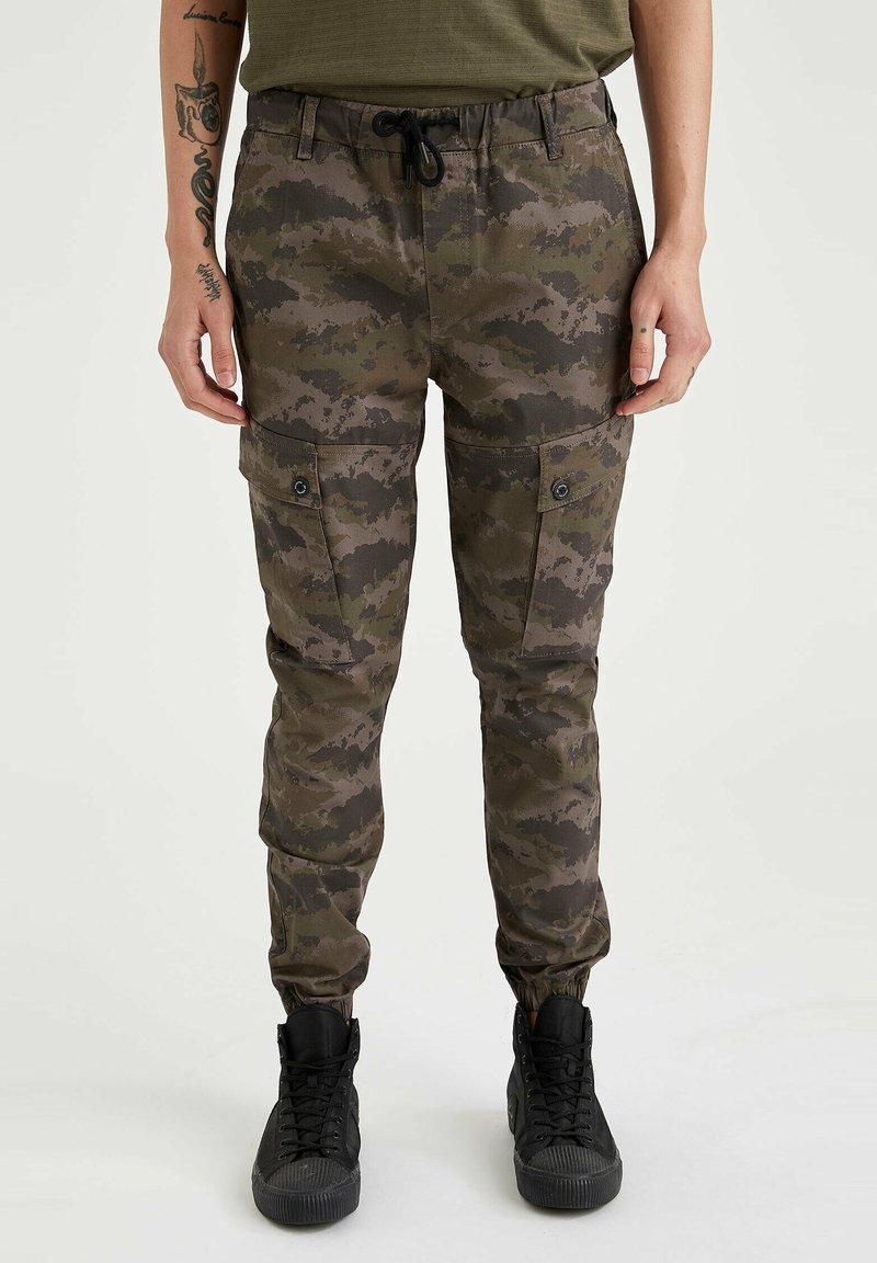 DeFacto - Cargo trousers - khaki