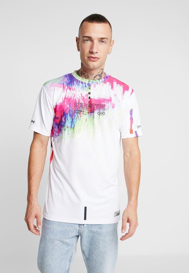 LOOP TEE - T-shirts med print - white