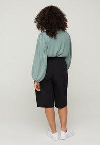 Zizzi - Shorts - black - 1
