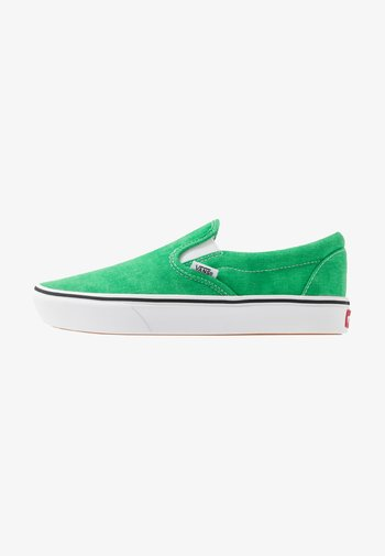 COMFYCUSH - Slip-ons - fern green