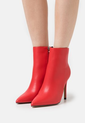ALYSE - High heeled ankle boots - red