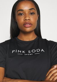 Pink Soda - RUN - Sportshirt - black - 3