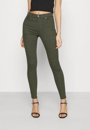 LEXY - Jeans Skinny Fit - dark emerald