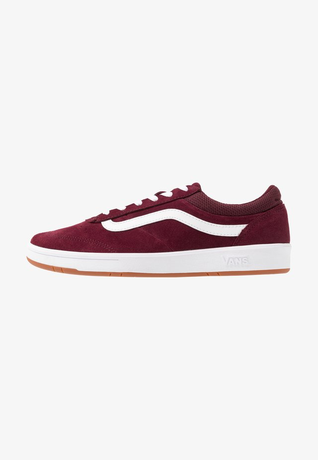 CRUZE - Trainers - port royale/true white