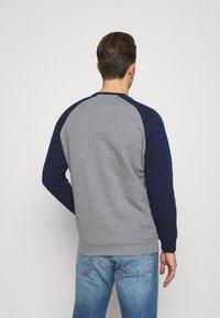 Lyle & Scott - THREE PANEL - Sweatshirt - mid grey marl - 2