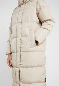 WEEKEND MaxMara - BATTAGE - Down coat - beige - 5