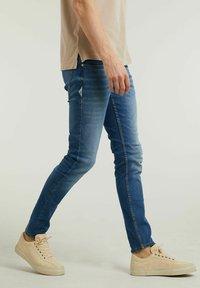 CHASIN' - CARTER  - Slim fit jeans - blue - 2