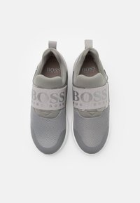 BOSS Kidswear - TRAINERS - Slip-ons - medium grey - 3