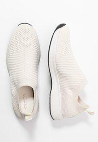 Vagabond - CINTIA - Slip-ins - white - 3