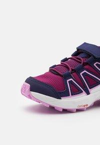 Salomon - SPEEDCROSS BUNGEE UNISEX - Hiking shoes - plum caspia/evening b/orchid - 5