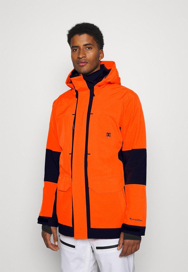 DC Shoes - COMMAND  - Veste de snowboard - shocking_orange