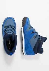 adidas Performance - SNOWPITCH COLD.RDY TRAXION HIKING SHOES MID - Fjellsko - tech ink/collegiate royal/real blue - 0