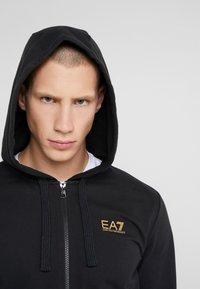 EA7 Emporio Armani - Hoodie met rits - black - 4