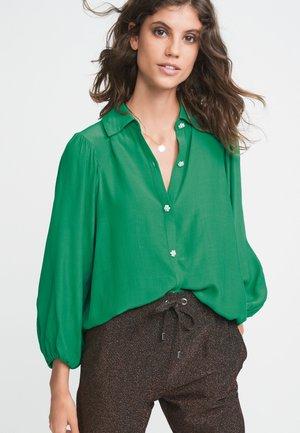LONG SLEEVE - Button-down blouse - green