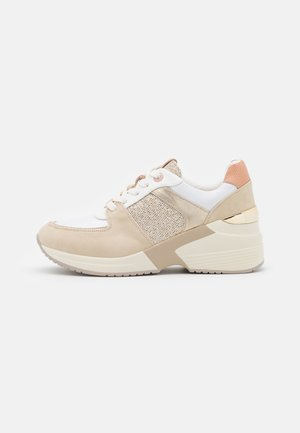 AMBY - Trainers - scarab champagne