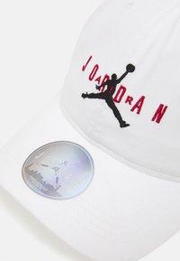Jordan - STRAPBACK UNISEX - Cappellino - white - 3