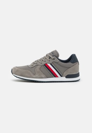 ICONIC RUNNER - Trainers - pewter grey