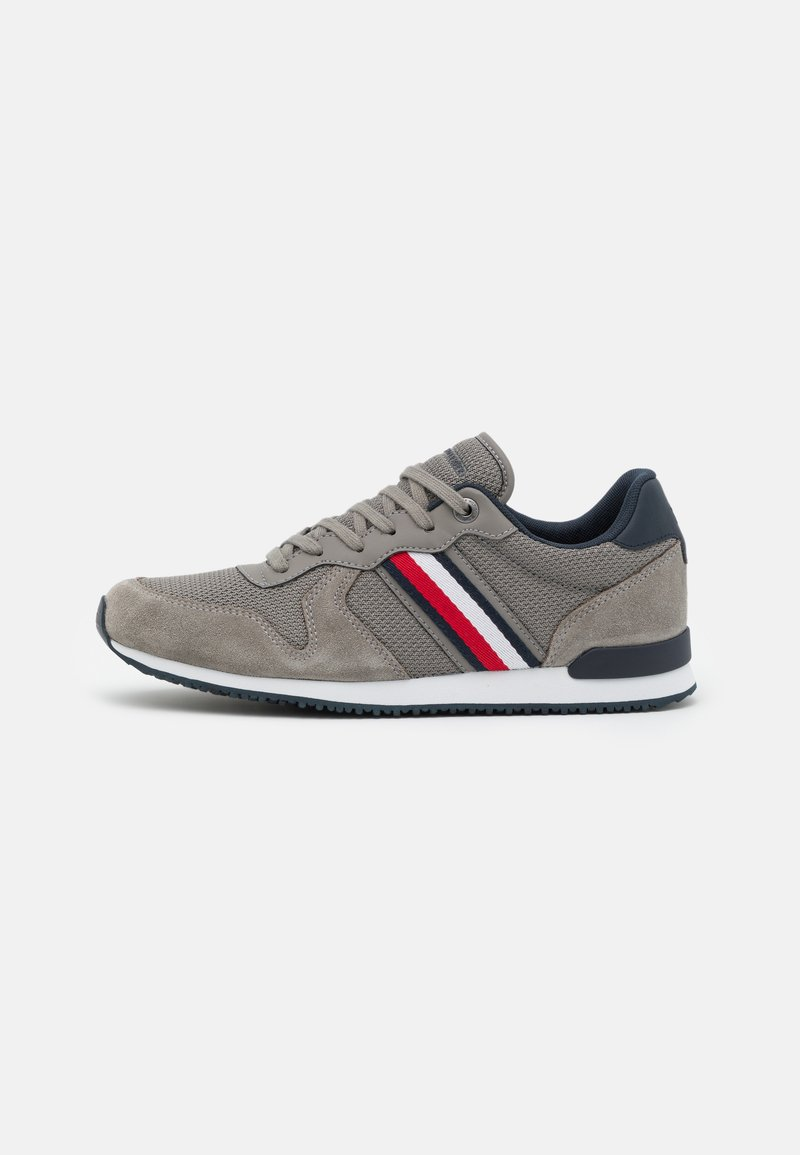 Tommy Hilfiger - ICONIC RUNNER - Sneakers - pewter grey