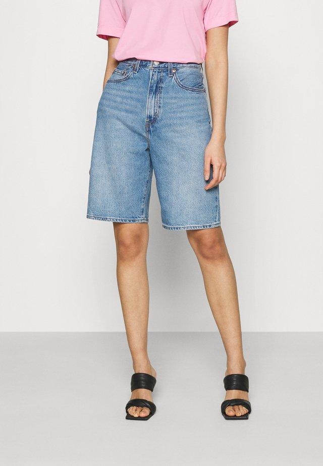 HIGH LOOSE - Denim shorts - whatever short