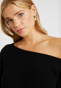 Even&Odd Petite - Jumper - black - 4