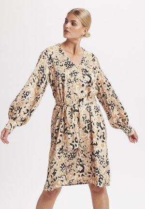 Korte jurk - leopard cinnamon