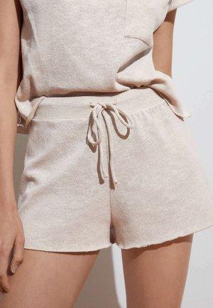 CUTWORK - Shorts - beige