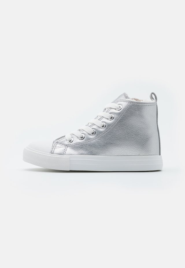 CLASSIC TRAINER LACE UP - Baskets montantes - silver smooth