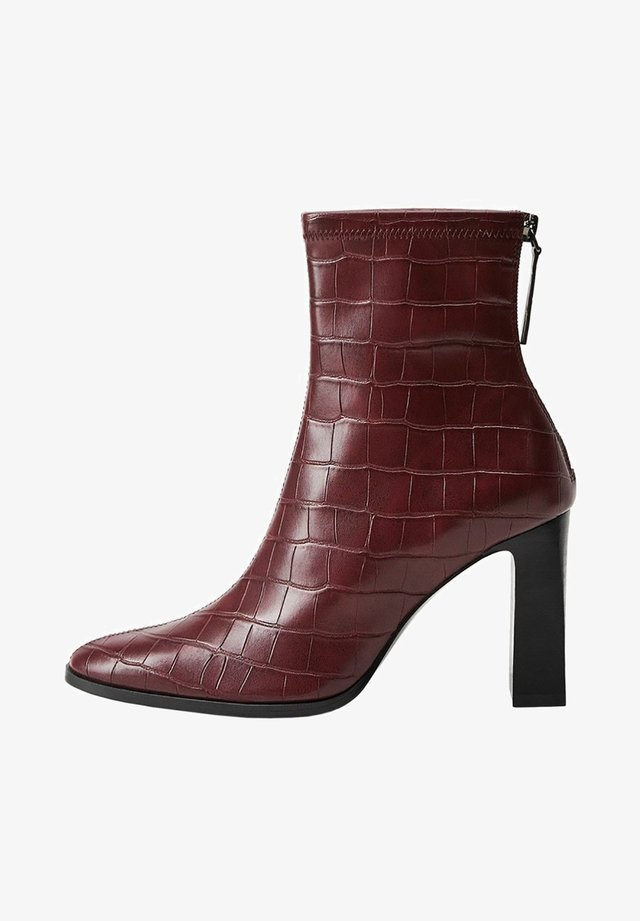 PUNTO - High heeled ankle boots - granate